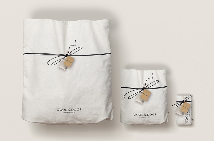 Packaging Wool & Dogs